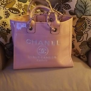 Pink patent leather tote bag
